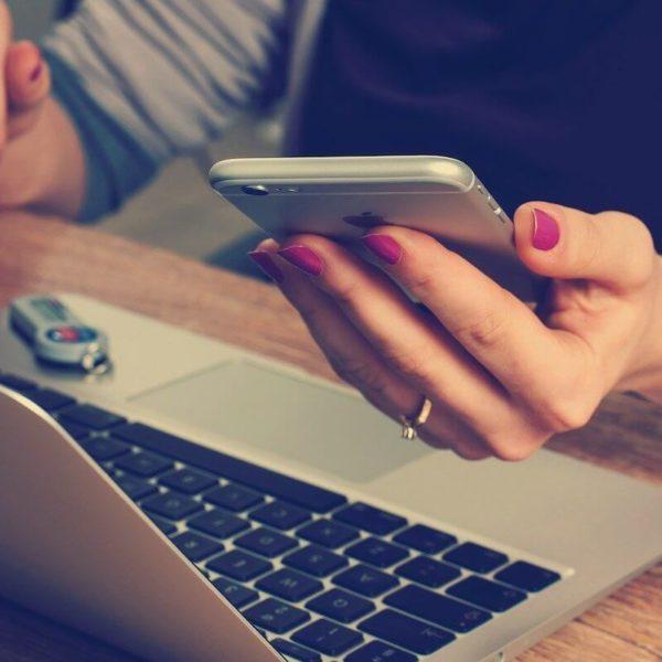 Uuden tai vanhan sähkösopimuksen kilpailutus onnistuu nopeasti netissä